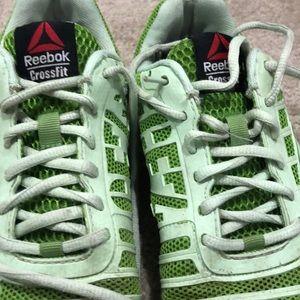 Women's Size 8 Lime Green Cross Fit Sneakers